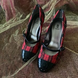 Bakers Shoes - Bakers Plaid and Patent Baroque Mary Janes 7.5 ♥️